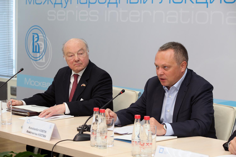 политика россии 21 века презентация